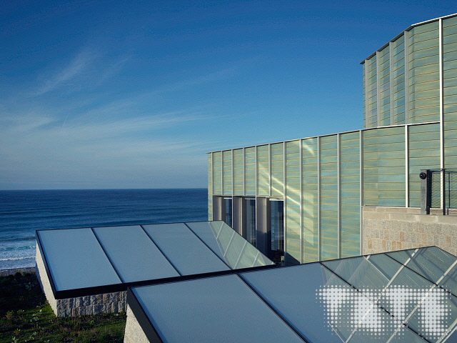 Image: Tate St Ives - copyright Tate (Marcus Leith) 2018 / Image ID#: M04190 - Sail Lofts - St Ives