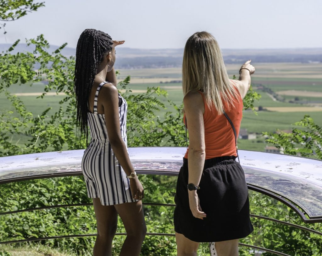 Photo credit: Côte des Blanc-Avize Point de vue du parc Vix - Epernay Tourist Board - A Taste of Champagne